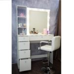 Grimernyj-stol-Moskva-ot-MakeupMirror.ru-dlja-professionalov.jpg