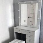 Grimernyj-stolik-s-zerkalom-otzyvy-ot-klientov-foto_0022_IMG_1950.jpg