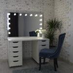 grimernyj-stol-s-zerkalom-120_80-_0000_dsc_0686.jpg
