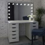 grimernyj-stol-s-zerkalom-120_80-_0006_dsc_0692.jpg