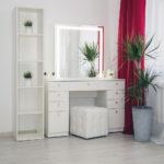 tualetnyj-grimernyj-stolik-dlja-vizazhista_0070_l59a7895.jpg