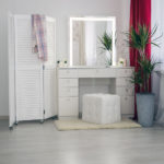 tualetnyj-grimernyj-stolik-dlja-vizazhista_0077_l59a7914.jpg