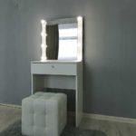 kompaktnoe-grimernyj-stolik-s-zerkalom_0000_img_20190623_144006.jpg