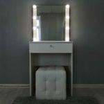 kompaktnoe-grimernyj-stolik-s-zerkalom_0005_img_20190623_144051.jpg